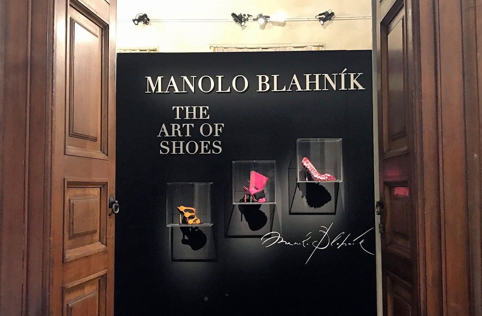 The art of shoes: la mostra di Manolo Blahnik a Milano.