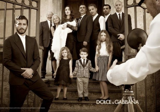LA BELLA ESTATE DOLCE & GABBANA